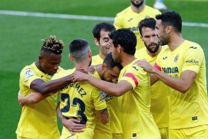 2-1. Alcácer y Parejo apuntillan al Valencia