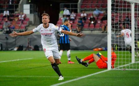 En Stamford Bridge, el delantero de los goles importantes: Luuk de Jong.