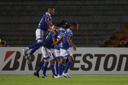 El necesitado Millonarios, urgido de vencer al Junior de Amaranto Perea