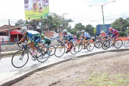 El panameño Jurado sube al primer podio de la sexagésima Vuelta a Guatemala