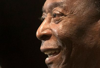 Pelé pasa su 80 cumpleaños aislado por la pandemia y sin grandes festejos