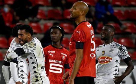 El Angers de Amadou le ganó la partida al Rennes de Nzonzi y Camavinga.