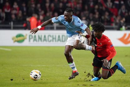 Camavinga no viaja a Sevilla, Nzonzi suspendido
