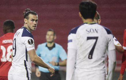 El Tottenham, con Bale, se estrella en Amberes