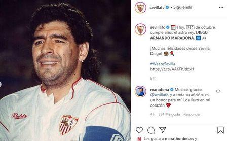"""Maradona, agradecido al Sevilla: """"Los llevo en mi corazón, es un honor para mí""""."""