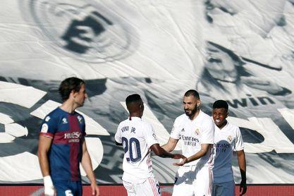 Benzema y Vinicius firman las paces