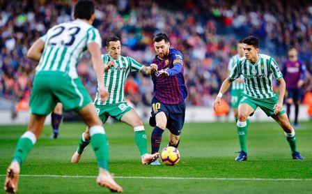Barça-Betis: un once que repite casi dos años después del día de autos
