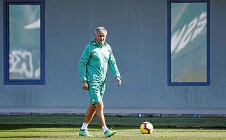 Quique Setién, durante su etapa como entrenador del Betis.