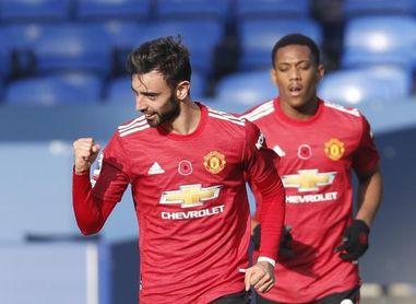 El United asalta el campo del Everton con doblete de Bruno Fernandes