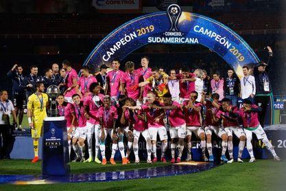 Independiente mantiene la apuesta que le dio la Sudamericana hace un año