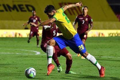 1-0. Firmino desatasca a una Brasil gris sin Neymar