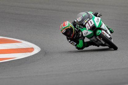 """El surafricano Darryn Binder logra su primera """"pole"""" y récord en Moto3"""