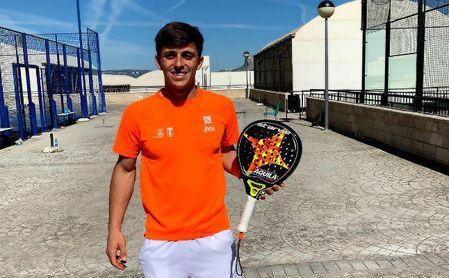 Álvaro Meléndez, de la UPO, cae en la fase previa del Cupra Las Rozas Open