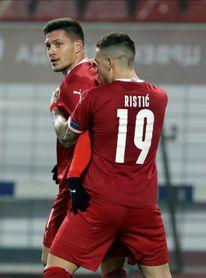 Jovic firma un doblete con Serbia ante Rusia (5-0)