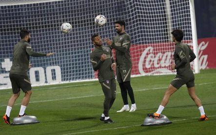Correa se adelanta a Costa en los planes de Simeone contra el Barcelona