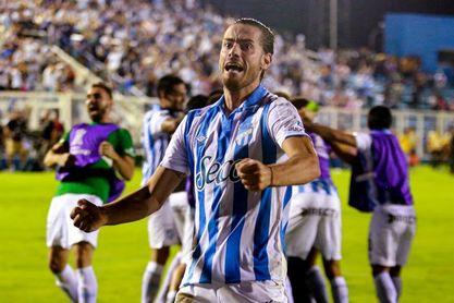 Atlético Tucumán vence a Racing y profundiza su crisis