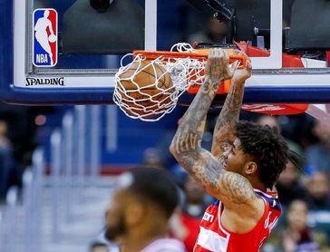 Los Warriors quieren al alero Kelly Oubre Jr. para sustituir a Klay Thompson