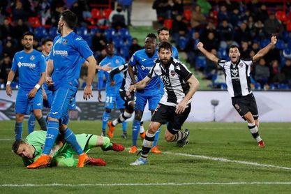 El Levante ganó en la última visita del Getafe y le dejó sin Europa en el minuto 98