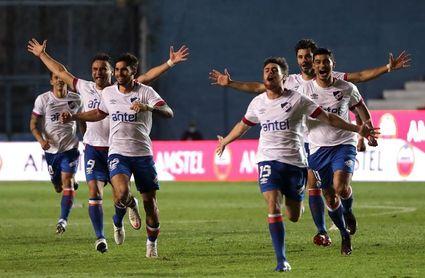 0-0. Nacional gana en los penaltis y se cita con el River de Gallardo