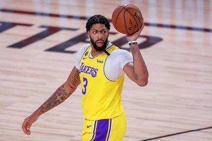 Los Lakers dan a Anthony Davis un contrato máximo por cinco años y 190 millones de dólares