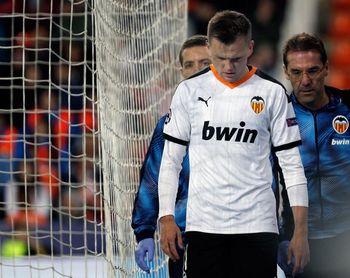 El Valencia retoma el trabajo sin los ?aislados? Cheryshev y Kang In