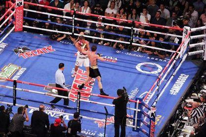 """La tercera pelea entre """"Canelo"""" y Golovkin cada vez está más complicada"""