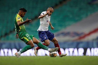 2-3. 'El Halcón' ve más cerca las semifinales con su segundo triunfo en Brasil