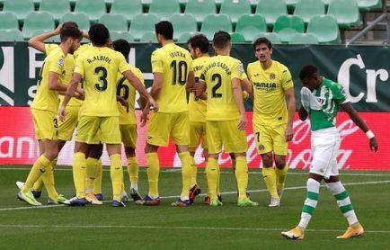 1-1. El Villarreal pierde la tercera plaza y el Betis no despeja dudas