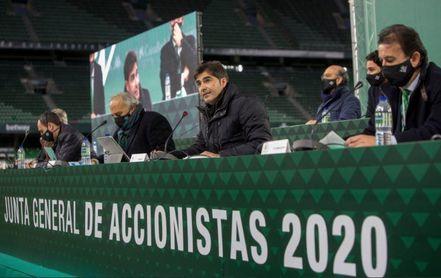 Junta Real Betis: 5 años más, pero con duras críticas para Haro y Catalán