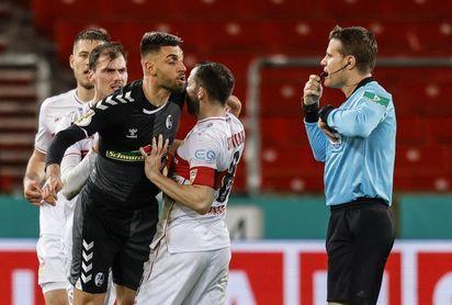 Wolfsburgo y Werder cumplen; Fortuna, Friburgo y Maguncia, eliminados