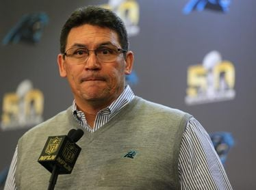Ron Rivera recibe apoyo de la NFL por su golpe de autoridad con Haskins Jr.