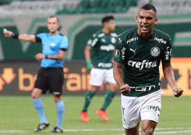 Palmeiras recupera a Ze Rafael y aguarda por Verón para el partido ante River