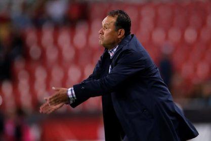 El peruano Juan Reynoso entrenará al Cruz Azul en el Clausura mexicano