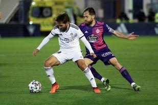 (2-3). Zalazar y Plano dan al Valladolid una sufrida victoria en Marbella