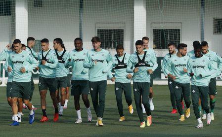 Novedades en la lista del Betis para medirse al Huesca