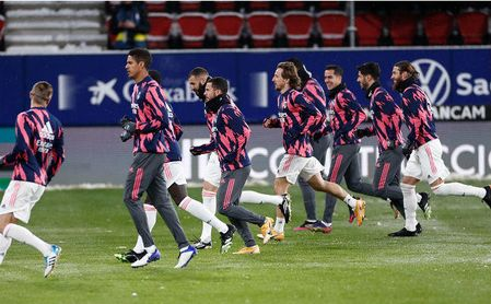 El Real Madrid continúa sin poder abandonar Pamplona.