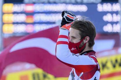 Schwarz gana el eslalon de Adelboden