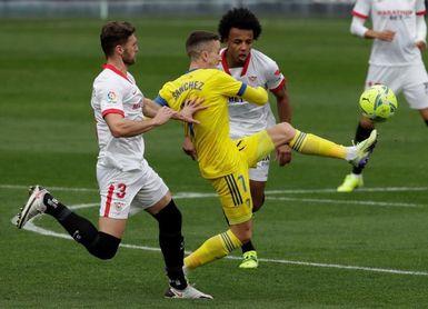 3-0. Otro triplete de En-Nesyri lleva al Sevilla a puestos 'Champions'