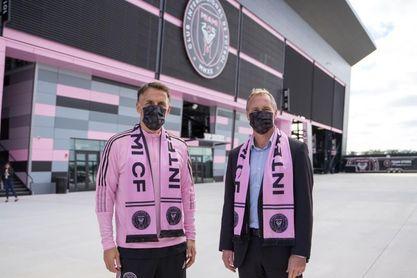 Beckham muestra plena confianza en Neville como nuevo técnico del Inter Miami