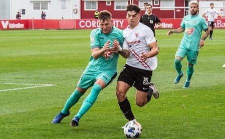 Sevilla Atlético-Recreativo Granada: El filial se conjura para hacerse fuerte en casa.