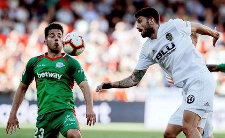 El Valencia recupera a Piccini de su cesión al Atalanta