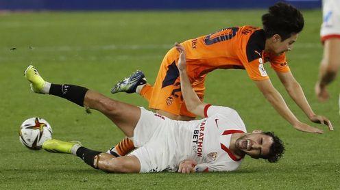 3-0. El Sevilla elimina con solvencia a un deprimido Valencia