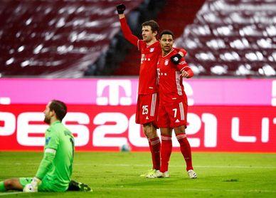 El Bayern golea al Hoffenheim y el Dortmund derrota al Augsburgo