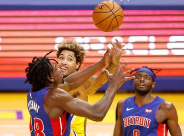 118-91. Curry lidera el ataque de los Warriors en su noveno triunfo ante los Pistons