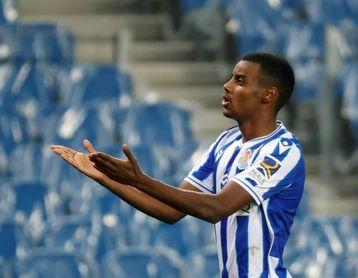 Alex Isak mitiga la marcha de Willian José con 3 goles en 4 últimas jornadas