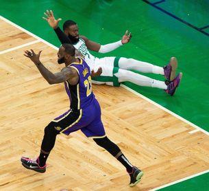 Los Lakers ganan el duelo de las dinastías; Grizzlies y Rockets amplían sus rachas de triunfos