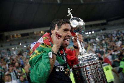 La Libertadores encumbra a un técnico portugués por segundo año consecutivo