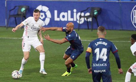 Kroos y Odriozola, aumentan los problemas de Zidane