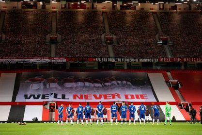 El United recuerda a las víctimas del accidente de Múnich
