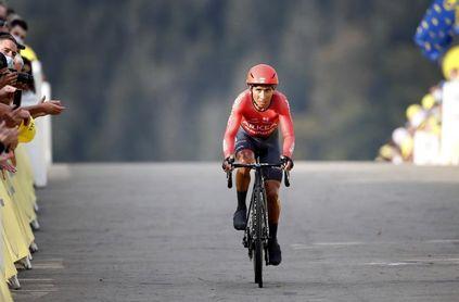 El Eolo Kometa invitado al Giro de Italia, el Arkea de Quintana excluido